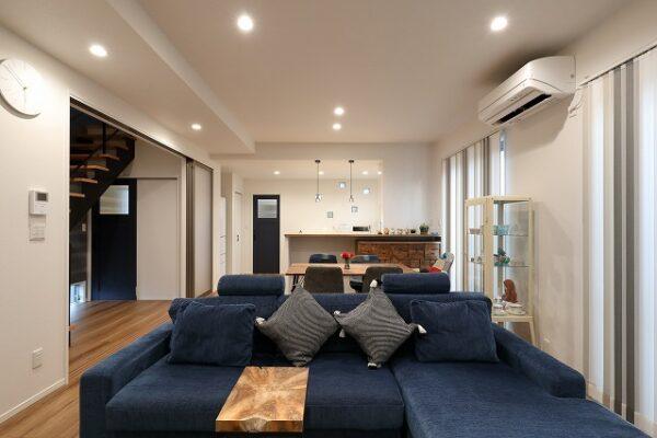 工夫を随所に散りばめながらデザイン性とともに家事動線を考慮!