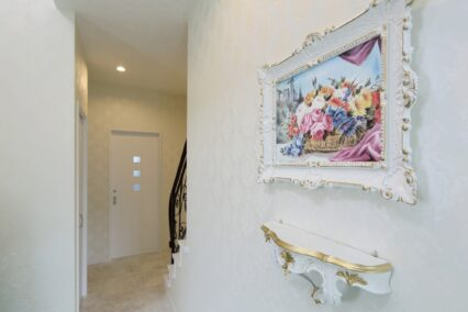 少女の頃からの夢を叶えたフレンチスタイルの優美な家