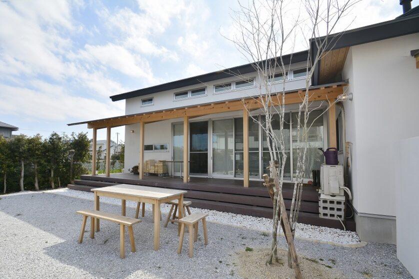 新和風自然素材の家01
