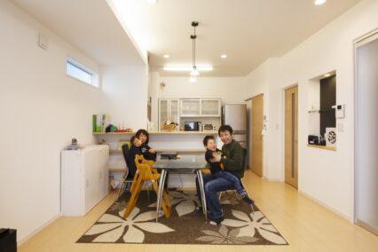 子育て世代の暮らしをデザインしたオール電化住宅
